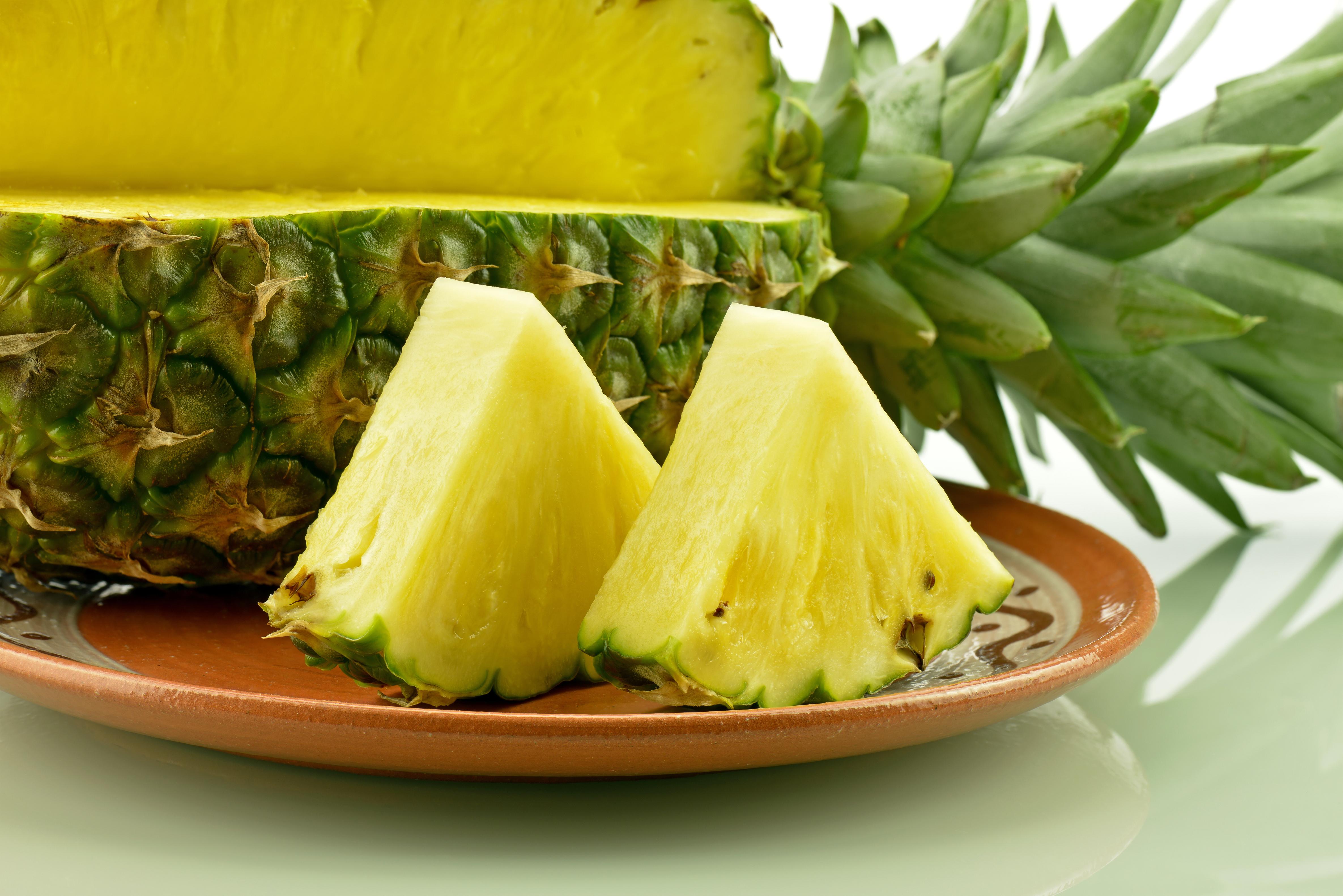 Ananasul te ajuta sa slabesti